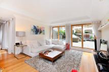 Flat for sale in Dean Ryle Street...