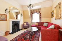4 bedroom Flat in Artillery Row...