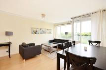 2 bedroom Flat to rent in Churchill Gardens...