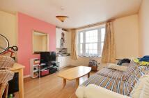 1 bedroom Flat to rent in Ebury Bridge Road...