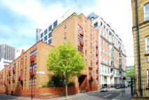 Flat in Old Pye Street...