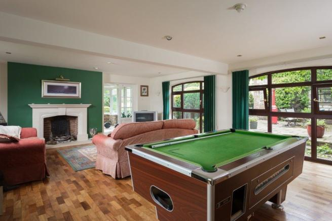 Drawing Room / Games