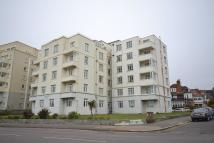 3 bedroom Flat to rent in Motcombe Court...