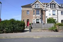 Amherst Road Flat to rent