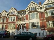 2 bedroom Flat to rent in Park Road...