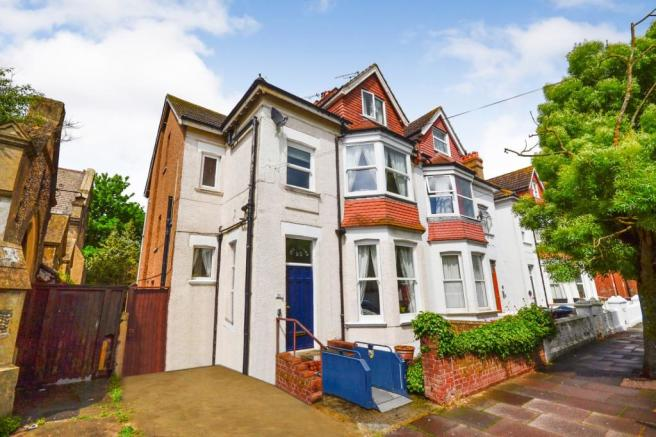 6 Bedroom House For Sale In Wickham Avenue Bexhill On Sea