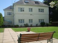 2 bedroom Flat in Queens Road, Bournemouth...
