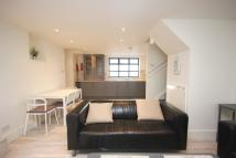 2 bedroom End of Terrace house to rent in Windsor Road N7 6JG