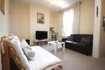 2 bedroom Flat in Wedmore Gardens N19 4DL