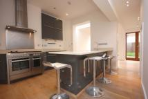 Town House to rent in Mulkern Road, N19 3HQ