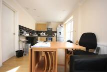 3 bedroom Ground Flat in Warrender Road, N19 5EQ