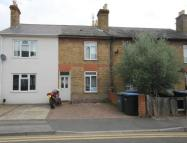 2 bedroom Terraced house to rent in Alexandra Road...
