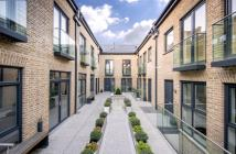 2 bed Mews in HOB MEWS, SW10