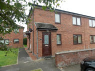 2 bedroom Flat in Collin Place...