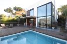 4 bedroom Detached house in Barcelona Coasts...