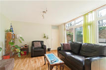 Maytree Walk End of Terrace property for sale
