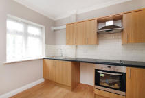 1 bed Flat for sale in Ashurst Gardens...