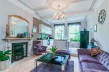 2 bed Flat for sale in Christchurch Road...