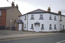 2 bed Flat to rent in Cross Street, Neston...