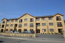 2 bed Flat in Town Hall Street...