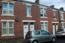 2 bed Flat for sale in ** CLOSE TO PARK **...