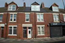 2 bedroom Flat in ** REDUCED COSTS ** High...
