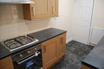 2 bedroom Flat to rent in ** REFURBISHED **...