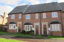 Town House to rent in Barcheston Drive, Warwick