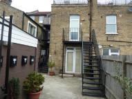 Studio flat to rent in Kingston Road...