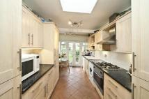property to rent in Bronson Road, Raynes Park, London. SW20 8DY