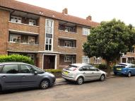 2 bed Flat in Sycamore Road...
