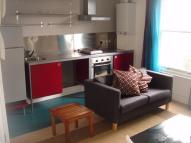 North Grove Flat to rent