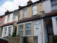 4 bed Terraced property to rent in Park View Road...