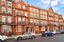 Flat in Bramham Gardens, London...