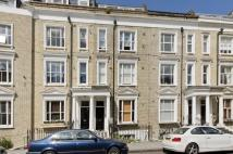 Flat to rent in Eardley Crescent, London...