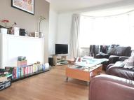 2 bedroom Flat to rent in QUADRANT CLOSE...