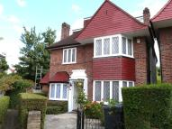 5 bedroom Detached house to rent in GLOUCESTER GARDENS...