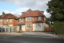 EDGWAREBURY LANE Ground Flat for sale
