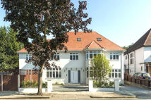 9 bed Detached house for sale in DUNSTAN ROAD...