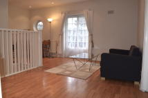Maisonette to rent in NEALE CLOSE, London, N2