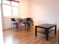 Flat to rent in WOODSTOCK ROAD, LONDON...
