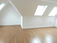 Flat to rent in GOLDERS GREEN ROAD...