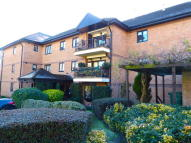 2 bedroom Apartment in REGENTS PARK ROAD...