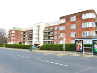 1 bed Flat for sale in RIVERSIDE DRIVE...