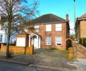 5 bed Detached property for sale in CRANBOURNE GARDENS...