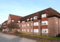 Flat for sale in BIRNBECK COURT...
