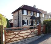3 bedroom semi detached property to rent in Roundhill Grove...