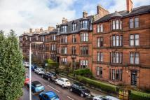 Flat in 22  Queens Gate (3/1)...