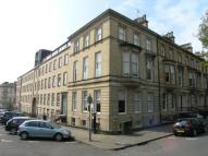 3 bed Flat in 4/1, Clairmont Gardens...