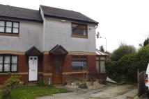 3 bed semi detached property to rent in Auchentiber Place...